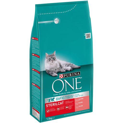 One Bifensis Gatos esterilizados Salmón
